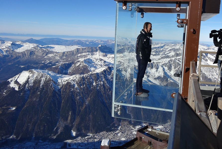 Monte Bianco Gloria Dell Alpinismo O Parco Divertimenti Per